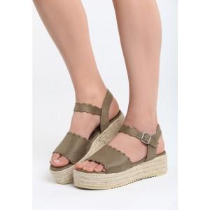 Dámske letné topánky na platforme