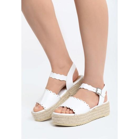 Letné sandalky s platformou biele
