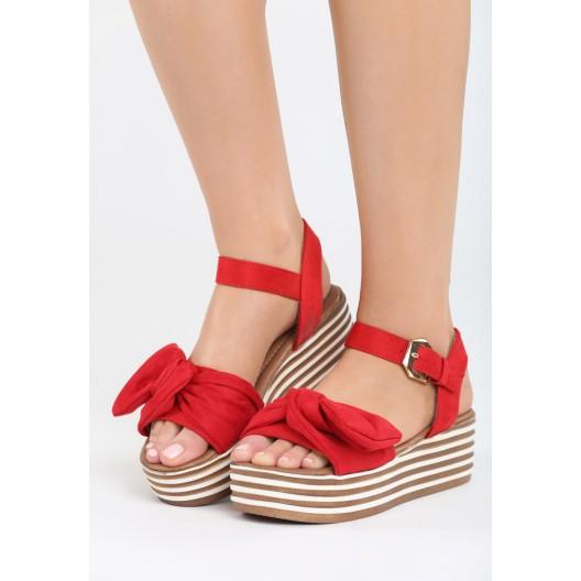Dámske sandále na platforme červenej farby