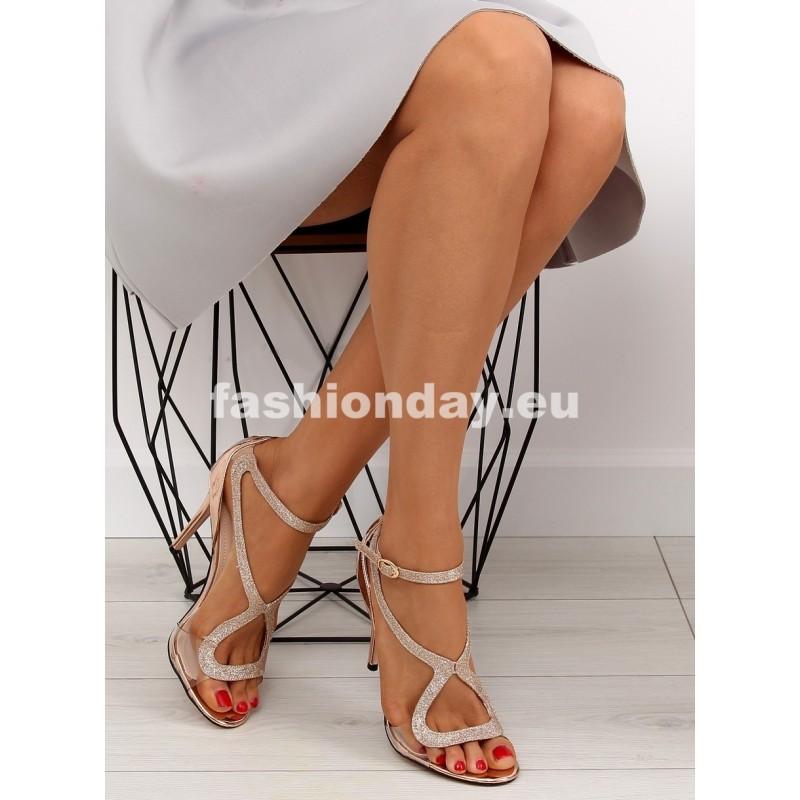 ffed242bfbd6 Spoločenské sandále na opätku
