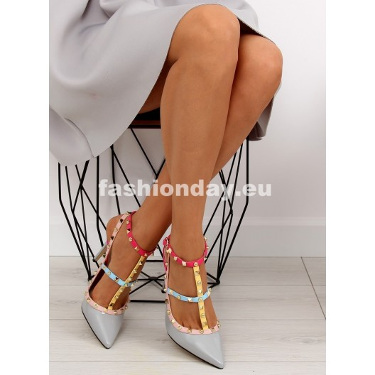 Dámske sandále sivé s vybíjaním