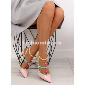 Ružové sandále na opätku