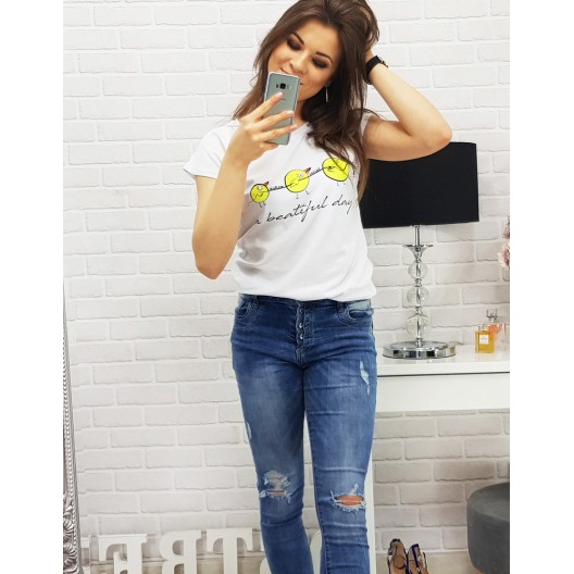 Kvalitné tričká bielej farby s nápisom