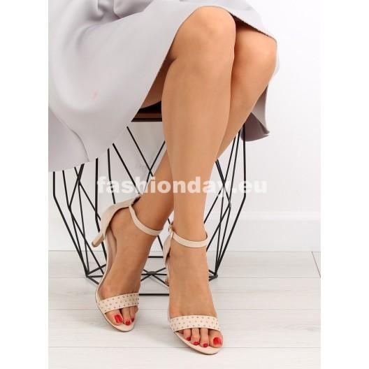 Dámske sandále s kamienkami
