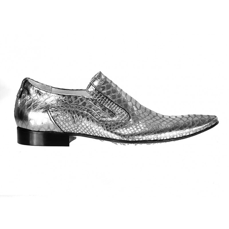 986acae1762d Pánske kožené extravagantné topánky strieborné ID 586 - fashionday.eu