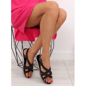 Sandále čierne na rovnej podrážke