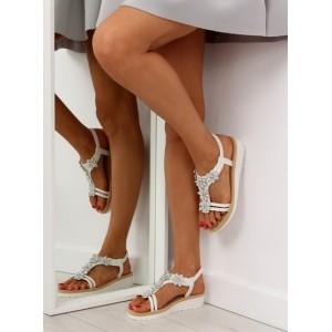 Dámske biele sandále s ozdobou