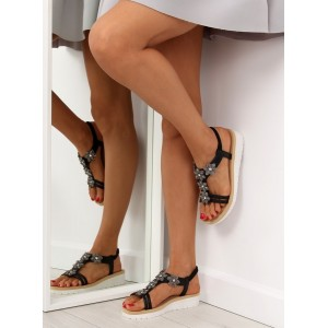 Čierne sandále pre dámy s aplikáciou