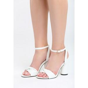 Sandále na leto s hrubším opätkom