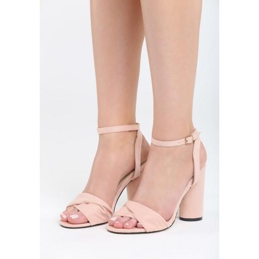 Vysoké sandále pre dámy ružovej farby