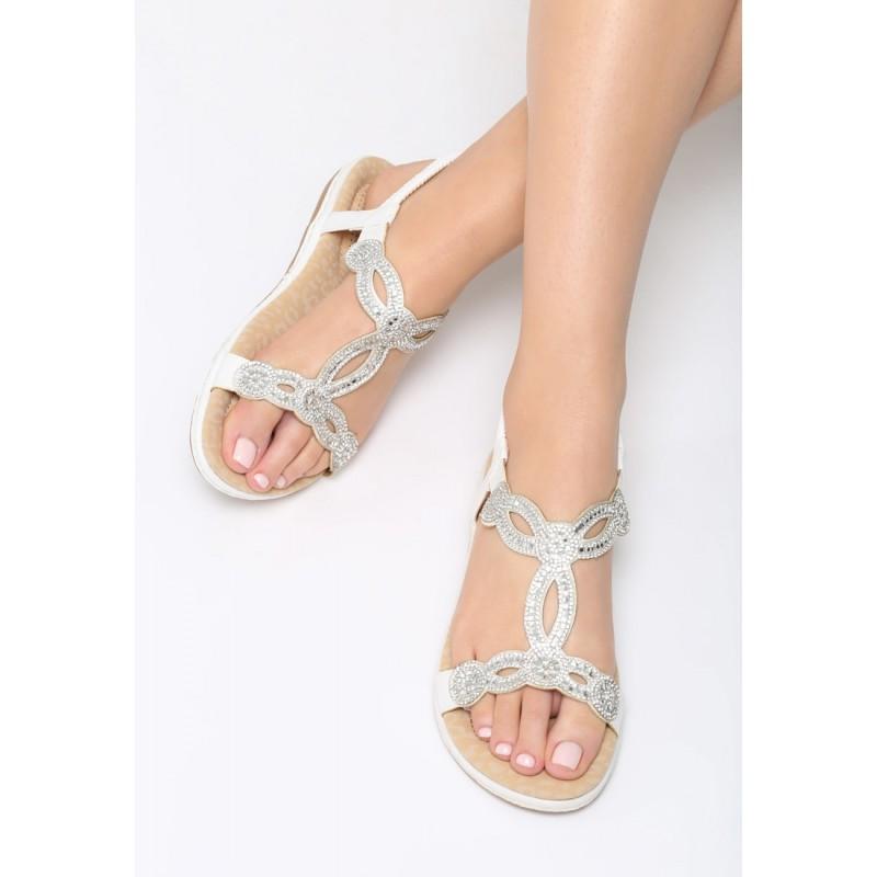 e0d69d57065f Sandále biele s ozdobnými kamienkami