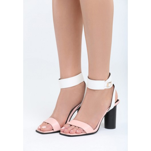Ružové sandále na leto s čiernym podpätkom