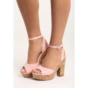 Pohodlné sandále v ružovej farbe