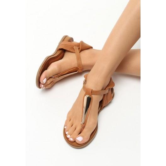 Hnedé sandále na letné obdobie