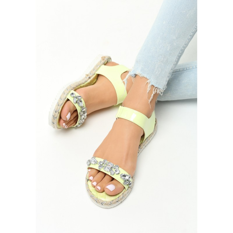 7e18c611d Dámske sandále na nízkom opätku