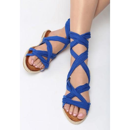 Nízke sandéle modrej farby s viazaním