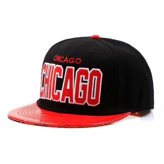 Snapback šiltovky s nápisom CHICAGO